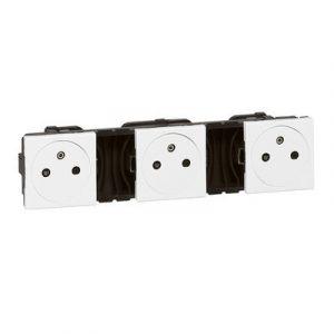 Triple prise de courant 2P+T Surface précâblées Mosaic 3x2 modules - blanc