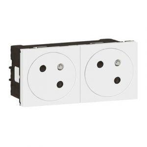 Double prise de courant 2P+T Surface Mosaic Link raccordement latéral 4 modules - blanc