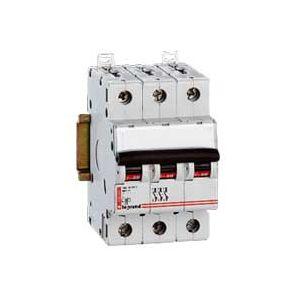 Disjoncteur triphasé - Vis/Vis - 6A