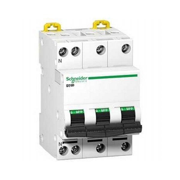 Disjoncteur DT40 tétrapolaire 40A - A9N21069 - Schneider
