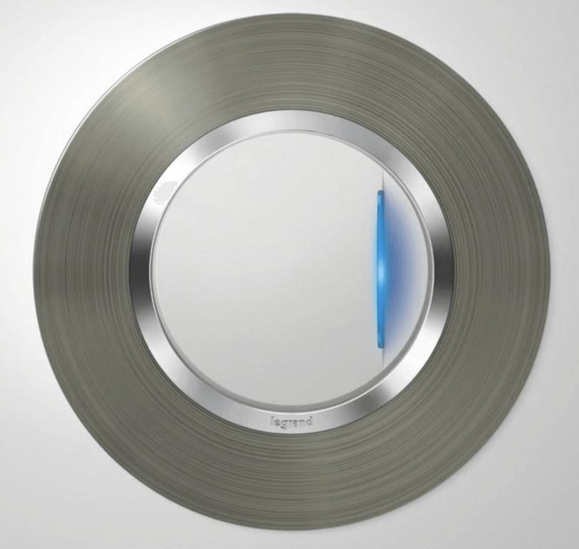 interrupteur dooxie lumineux avec plaque carré finition alu